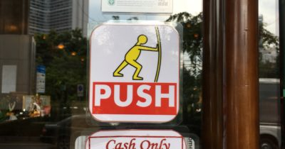 """shows a right way to communicate """"push"""""""
